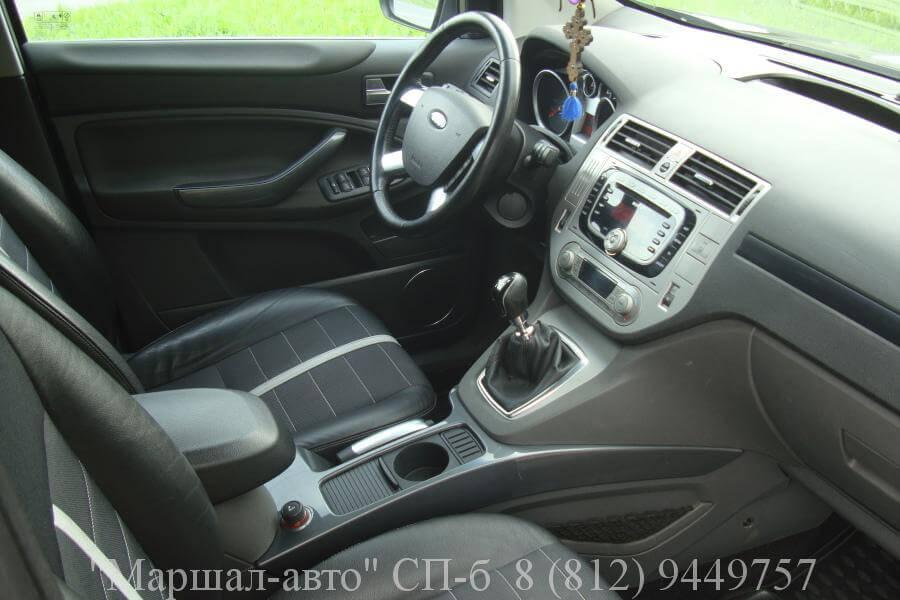 Ford Kuga I 08г. 2.0d MT 6 в Санкт-Петербурге