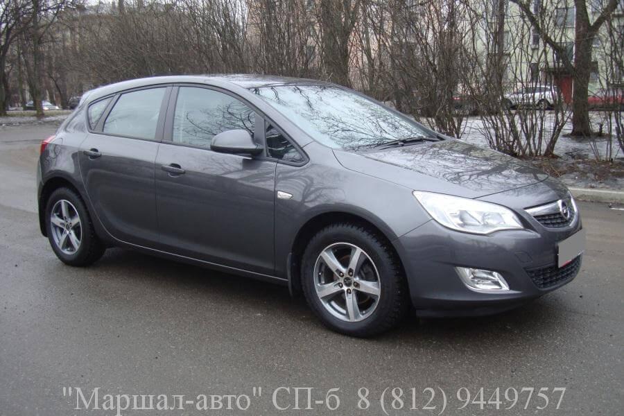 Opel Astra J 10г. 1.6 MT 2 в Санкт-Петербурге
