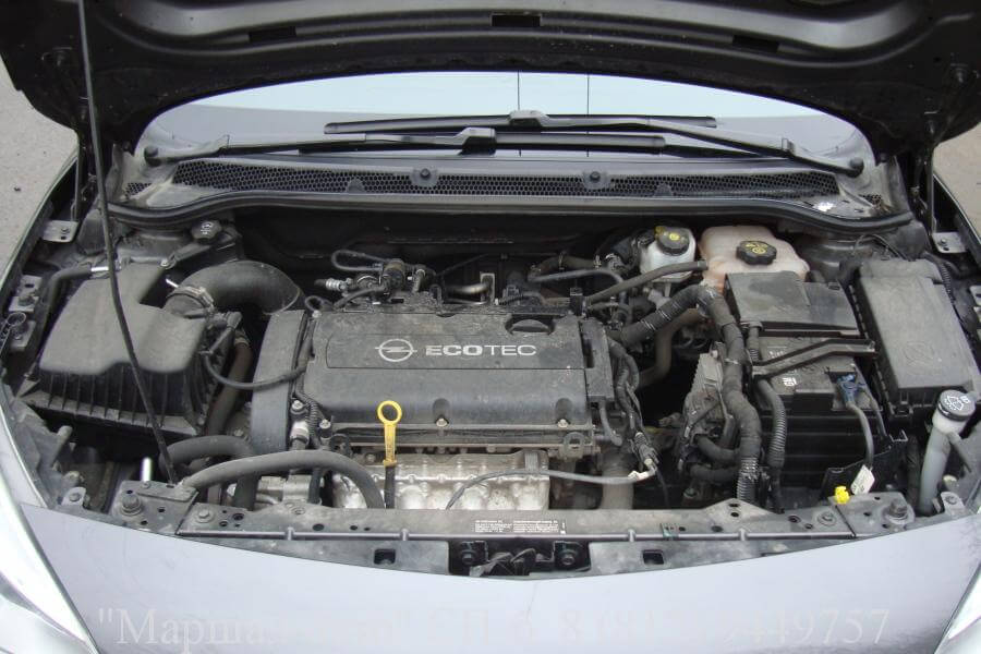 Opel Astra J 10г. 1.6 MT 5 в Санкт-Петербурге