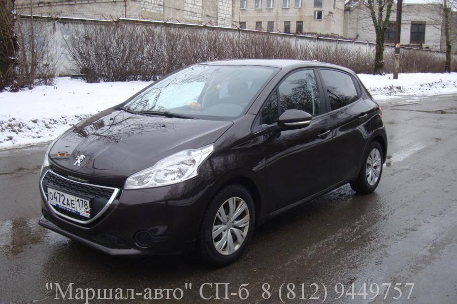 Peugeot-208 2013 1.2л 1 в Санкт-Петербурге