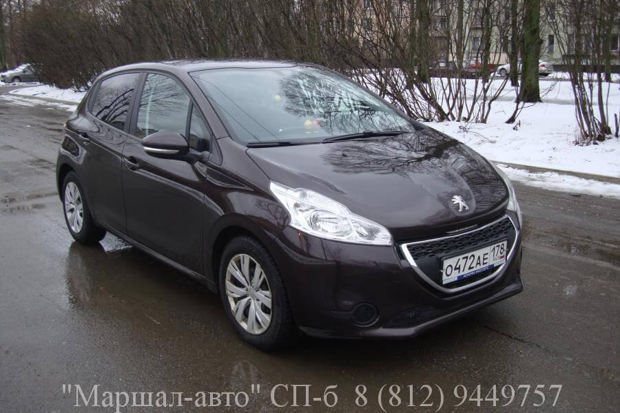Peugeot-208 2013 1.2л 2 в Санкт-Петербурге