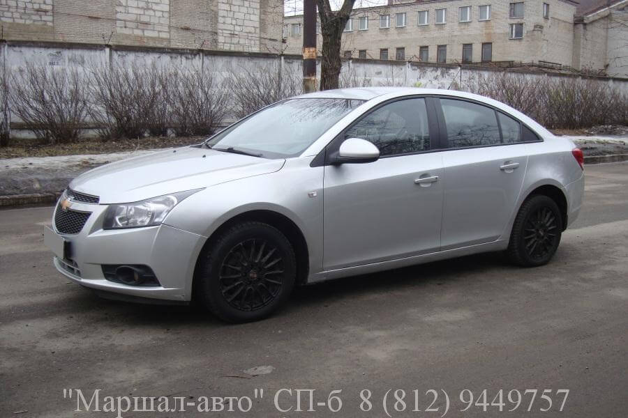 Chevrolet Cruze 12 г. 1.6 МТ 1 в Санкт-Петербурге