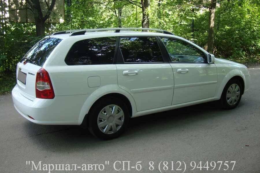 Автосалон продает автомобиль Chevrolet Lacetti 2012 г