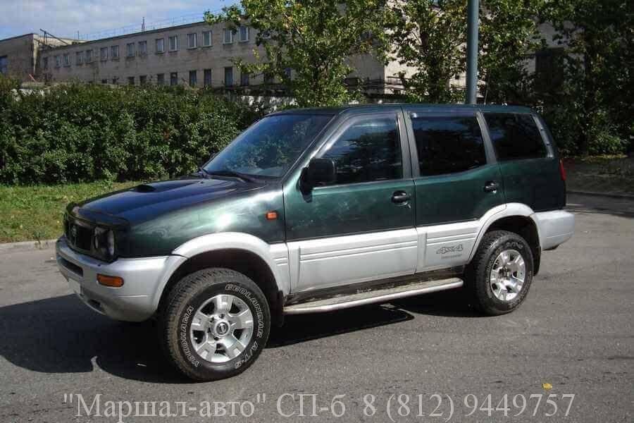 Автосалон предлагает продать автомобиль Nissan Terrano II (Ниссан Террано) 98 г