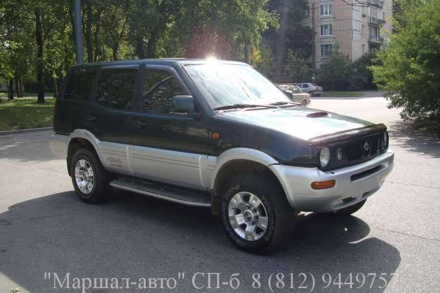Автосалон предлагает продать автомобиль Nissan Terrano II 98 г
