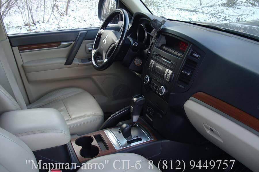 """Автосалон """"Маршал авто"""" в СПб предлагает продать авто Mitsubishi Pajero IV 2007 г"""